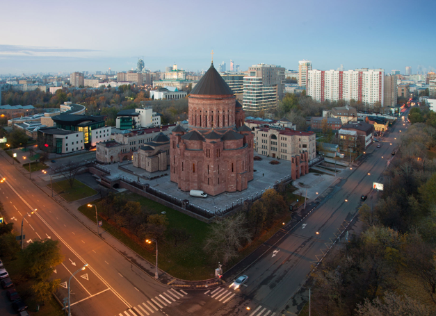 fromtheroofs-moscow-church
