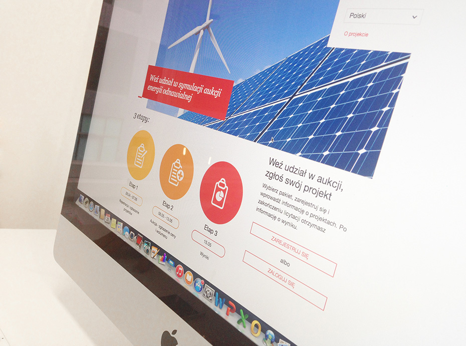 widok aplikacji webowej do symulacji aukcji energii odnawialnej na ekranie iMac