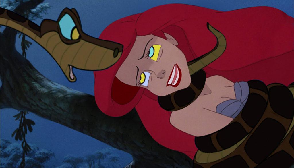 syrenka Ariel duszona przez pytona