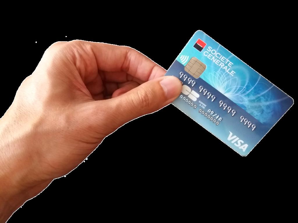 dłoń trzymająca kartę płatniczą